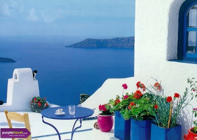 Cheap Holidays to Santorini