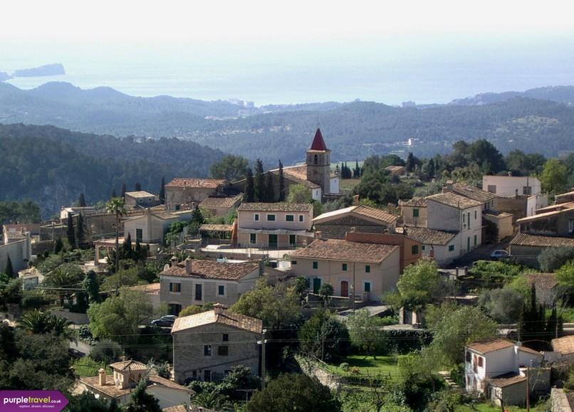 San Pedro De Alcantara Cheap holidays with PurpleTravel
