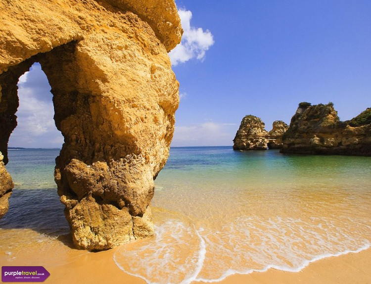 Lagoa Cheap holidays with PurpleTravel