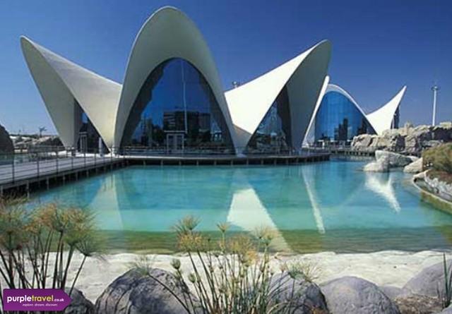 Valencia Cheap holidays with PurpleTravel