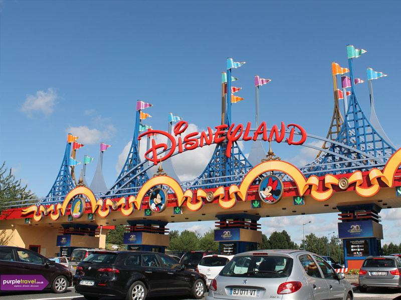 3D2N Hongkong Disneyland Family Package Tour with Airfare