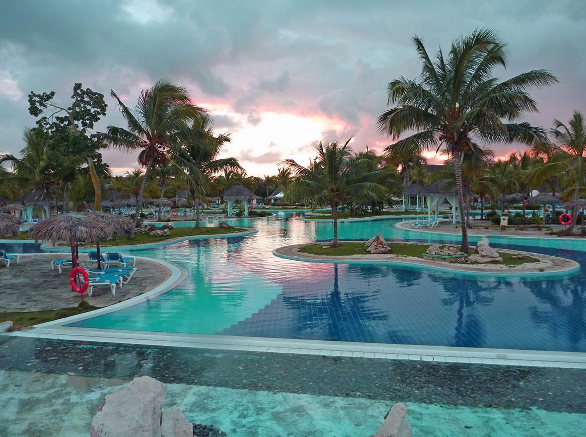 Hotel Playa Pesquero  Cuba