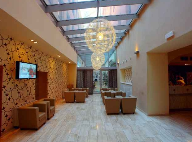Designhotel elephant hotel prague purple travel for Modern design hotel prague