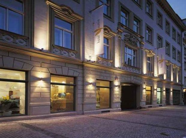 Yasmin hotel prague prague purple travel for Modern hotel prague