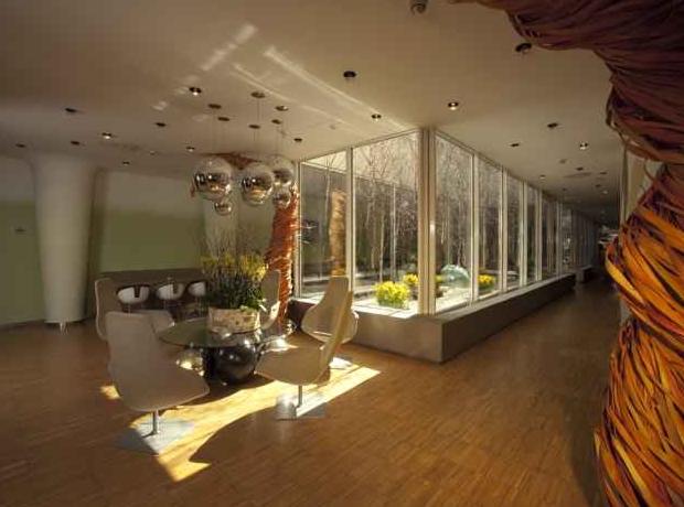 Yasmin hotel prague prague purple travel for Modern design hotel prague