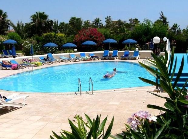 Amazing pool designs photo