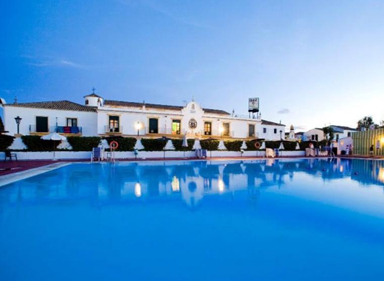 Globales pueblo andaluz hotel marbella purple travel for Hotel pueblo andaluz