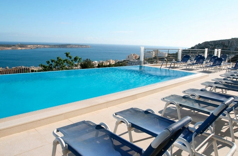 Hotel panorama mellieha mellieha purple travel for Hotel panorama hotel