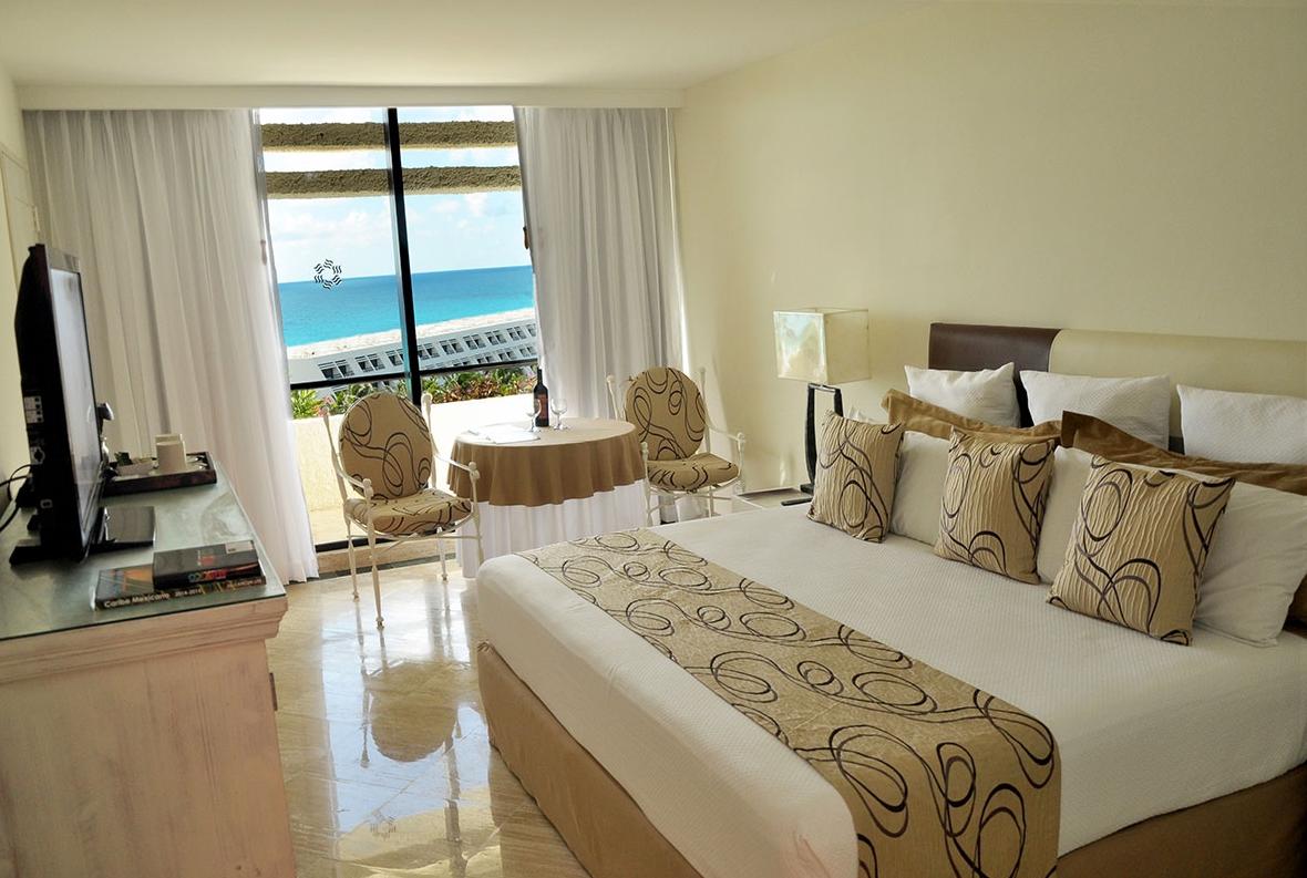 Grand Oasis Cancun Cancun Purple Travel