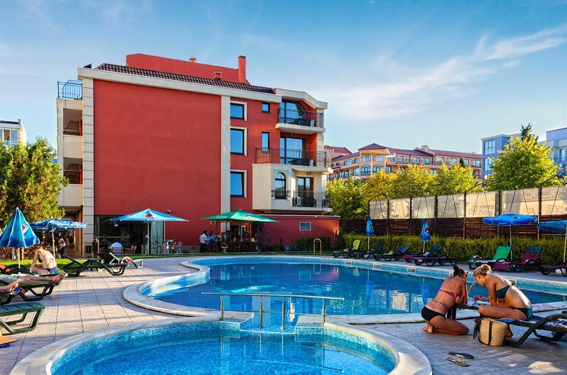 Forum hotel sunny beach purple travel - Sunny beach pools ...