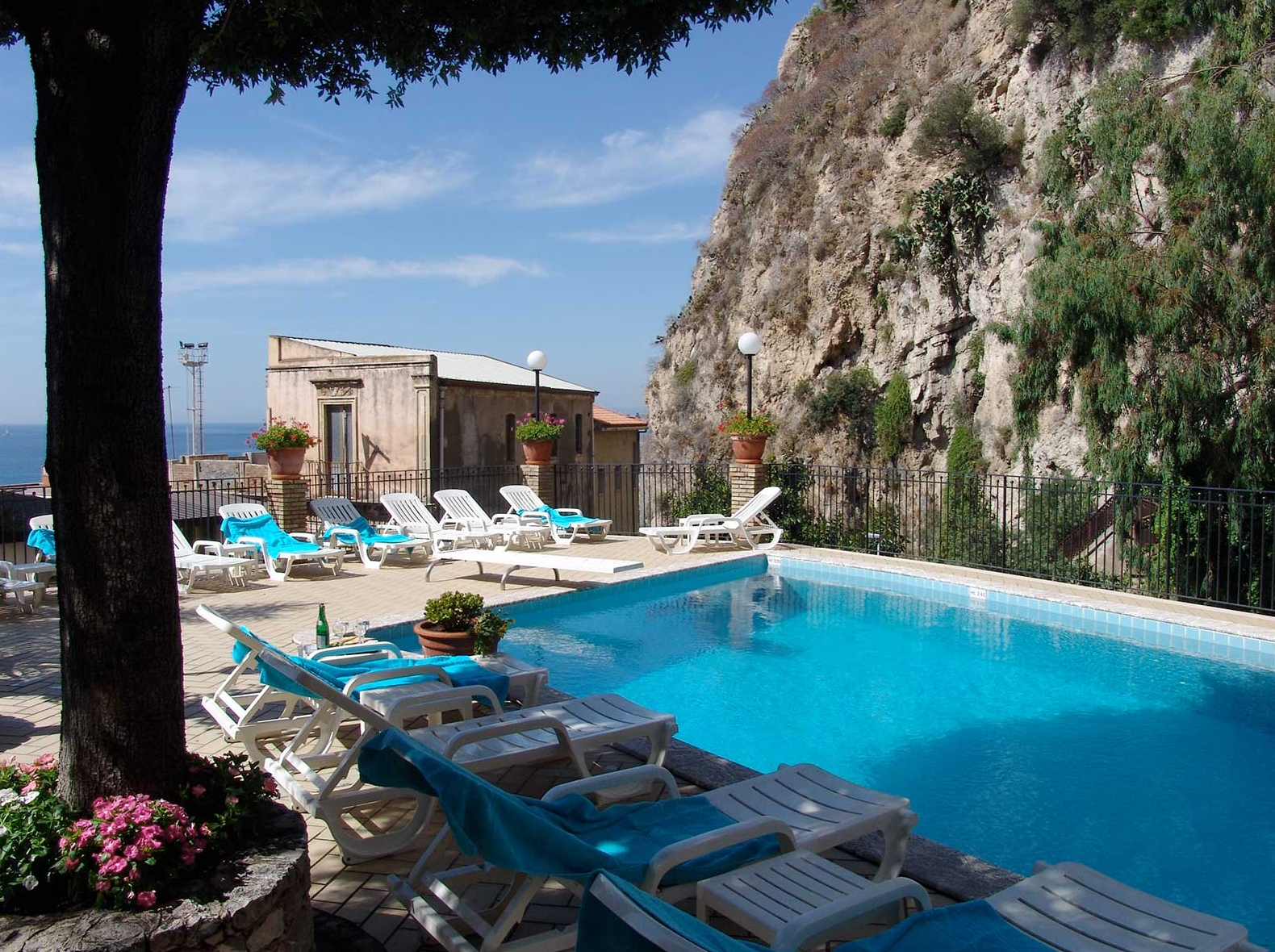 Corallo hotel sicily taormina purple travel - Hotels in catania with swimming pool ...
