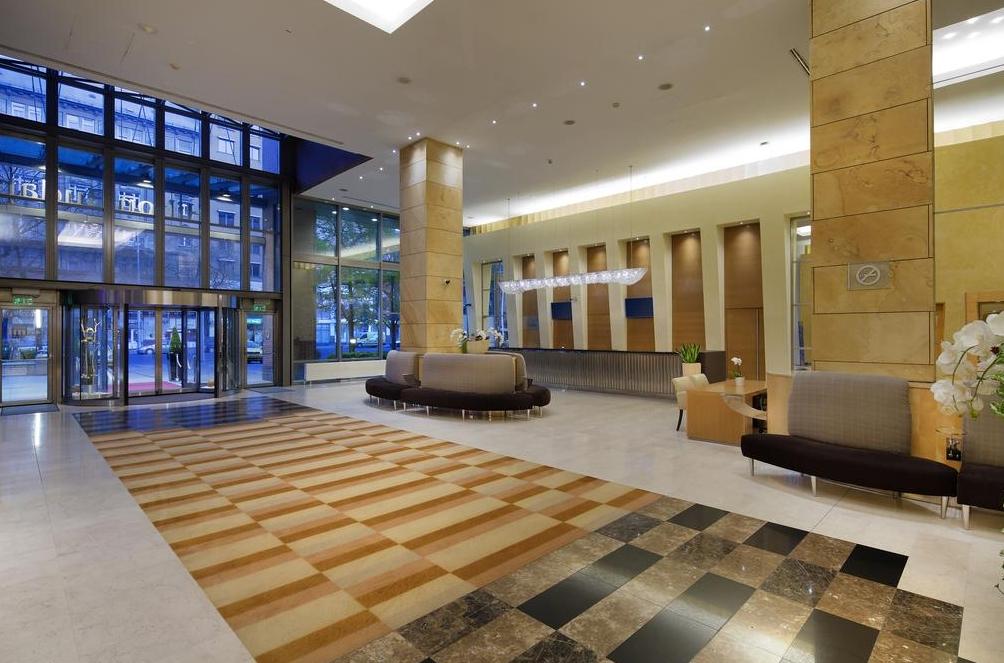 Hilton Hotel Reservation Line