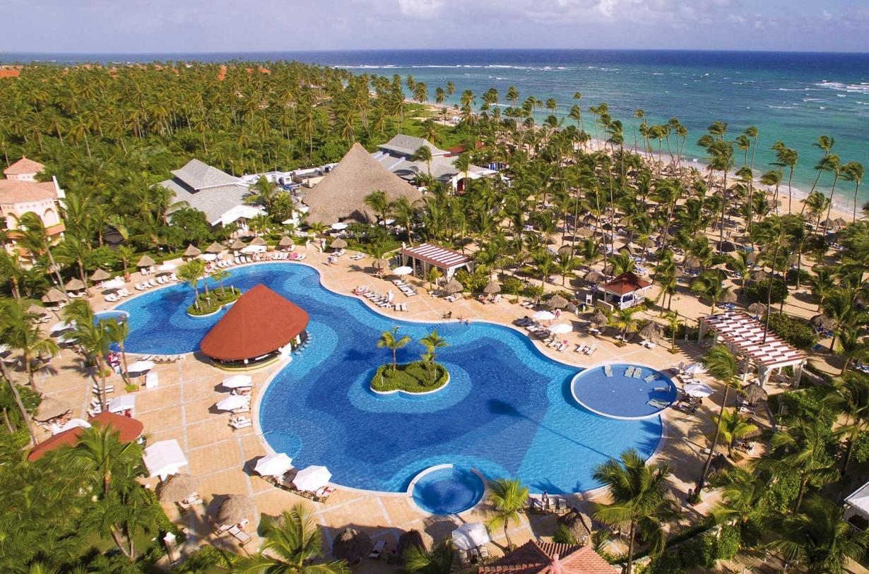 Luxury bahia principe ambar dominican republic purple for Hotel luxury bahia principe fantasia