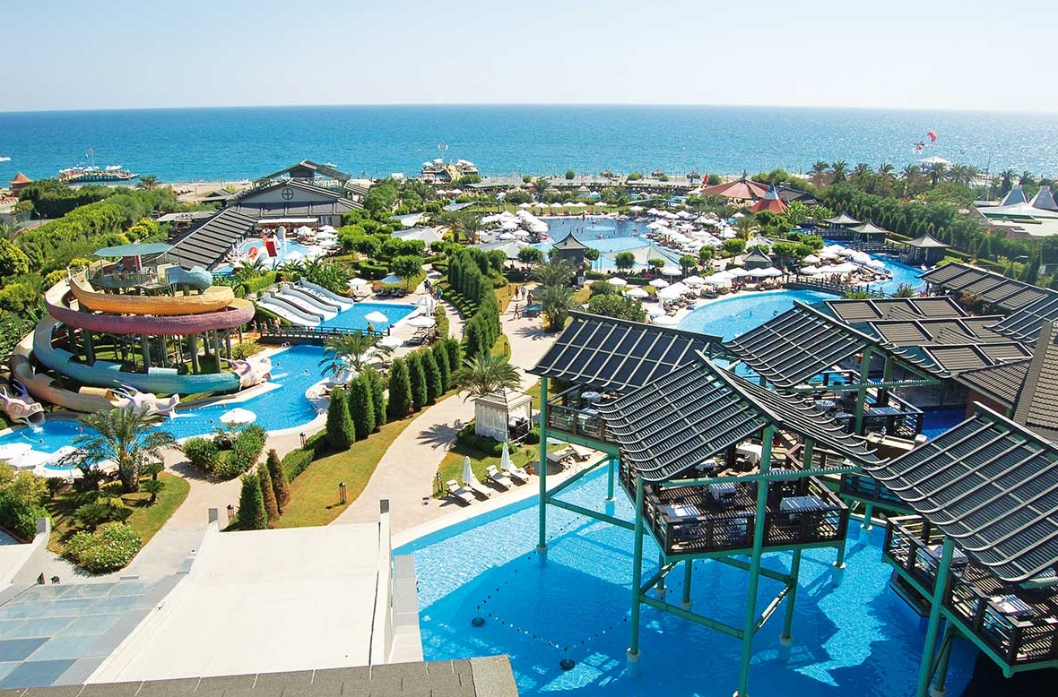 Limak lara deluxe hotel antalya purple travel for Reservation hotel luxe