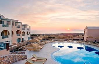 Amazing pool view photo