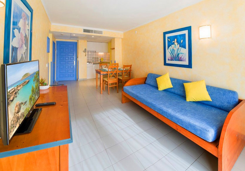 Coral Star Apartments, San Antonio Bay | Purple Travel