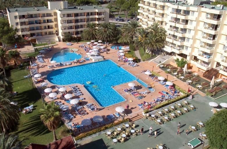 Club Bellevue Apartments, Alcudia Beach | Purple Travel
