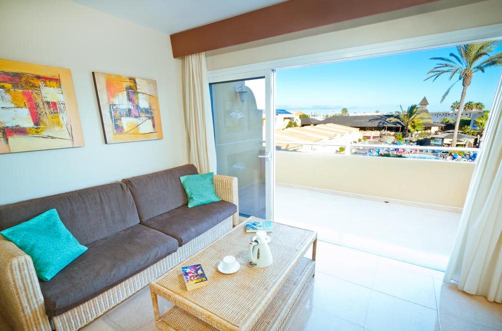 Room with spacious balcony photo
