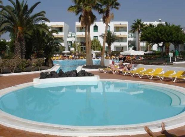 Oasis Lanz Club, Costa Teguise | Purple Travel