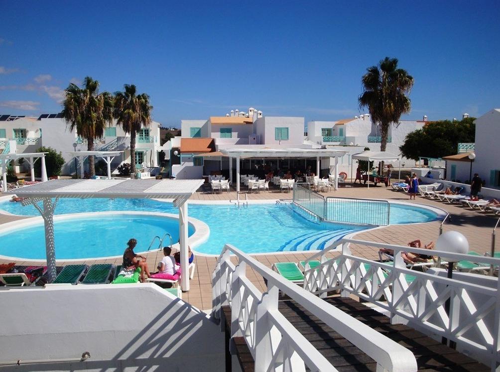 Pool area photo