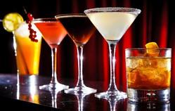 Cocktail bar crawl in Barcelona